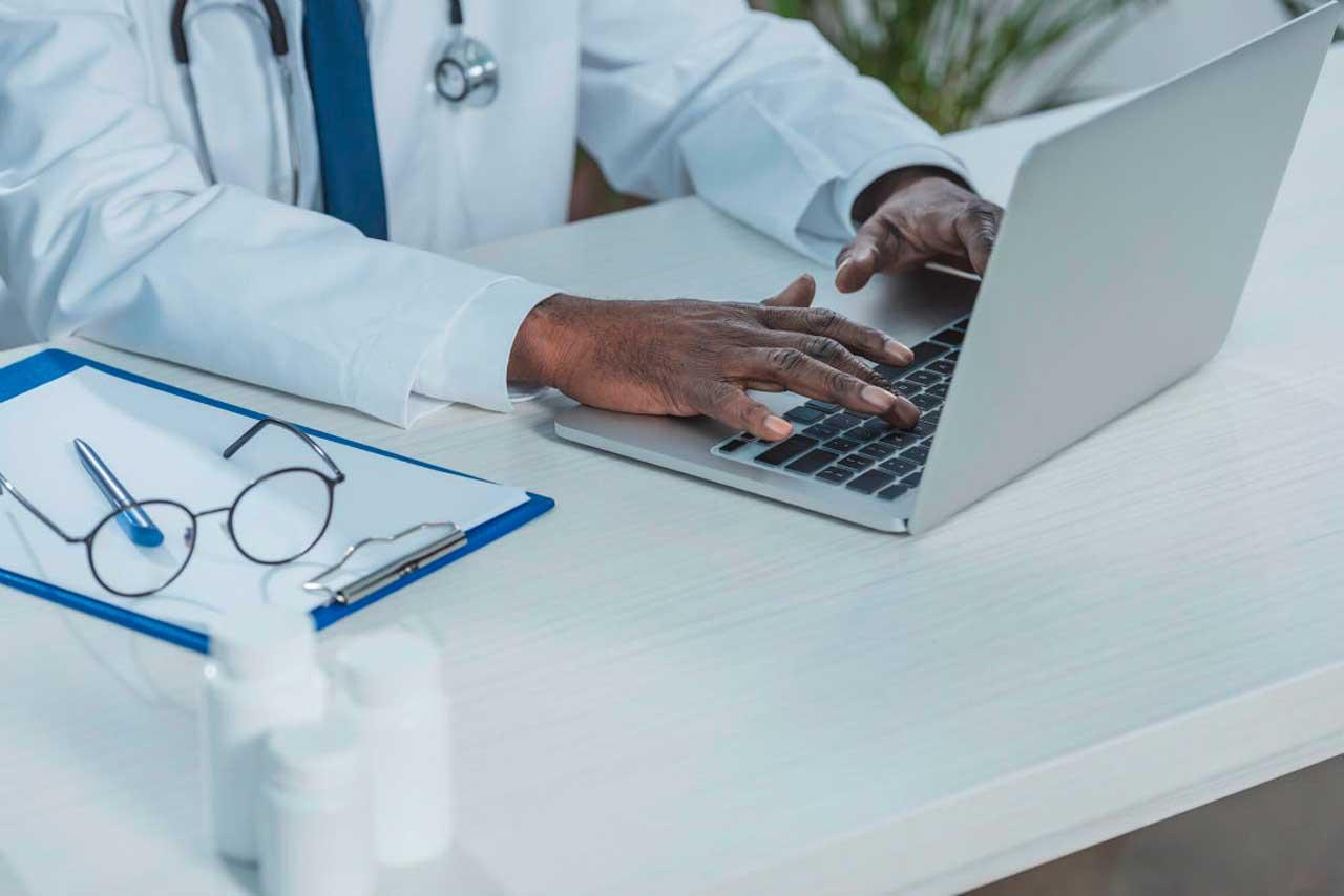 Como escolher um sistema de prontuário médico ideal para o meu hospital?