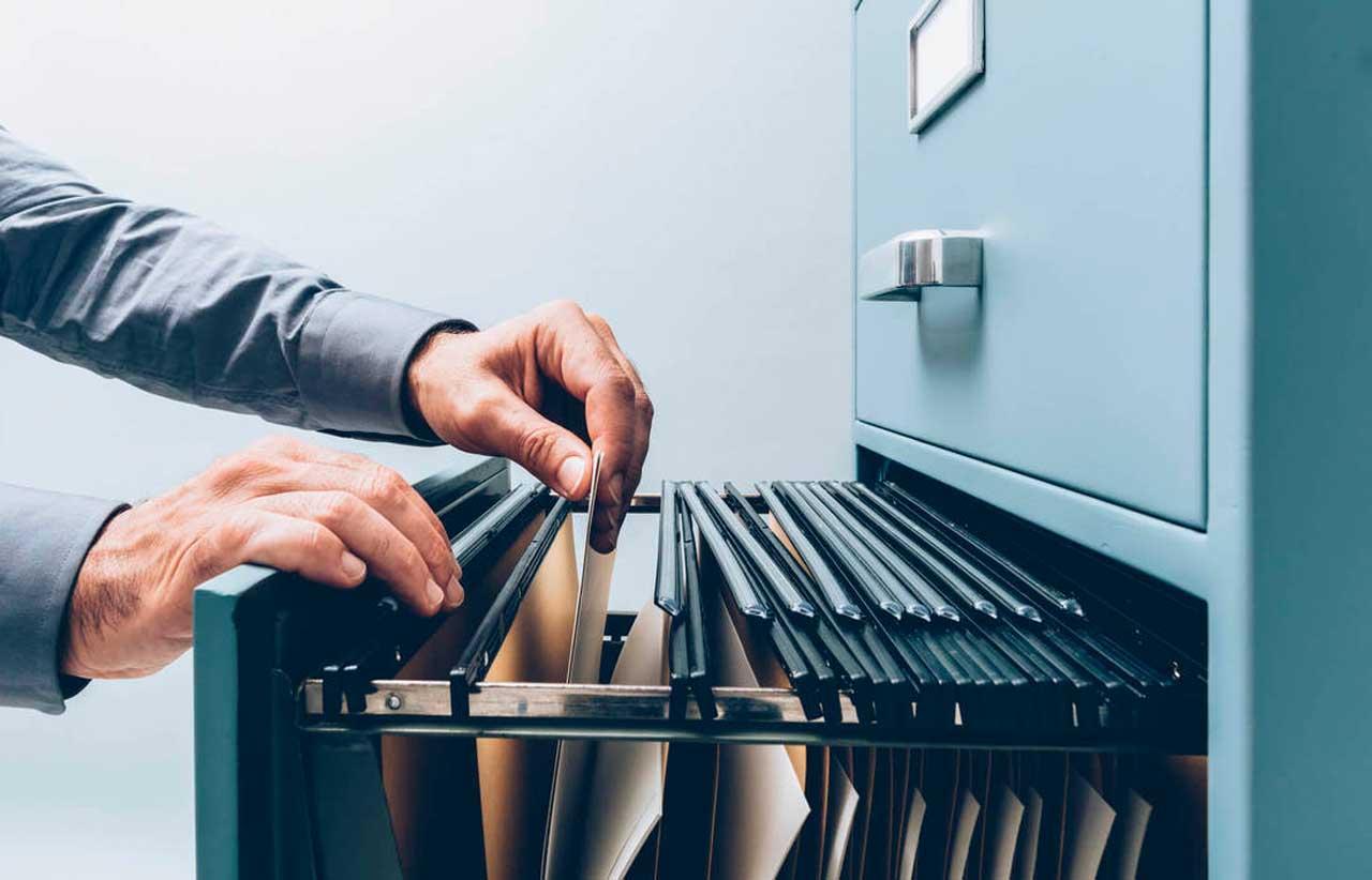 5 dicas para organizar a guarda de documentos na sua empresa