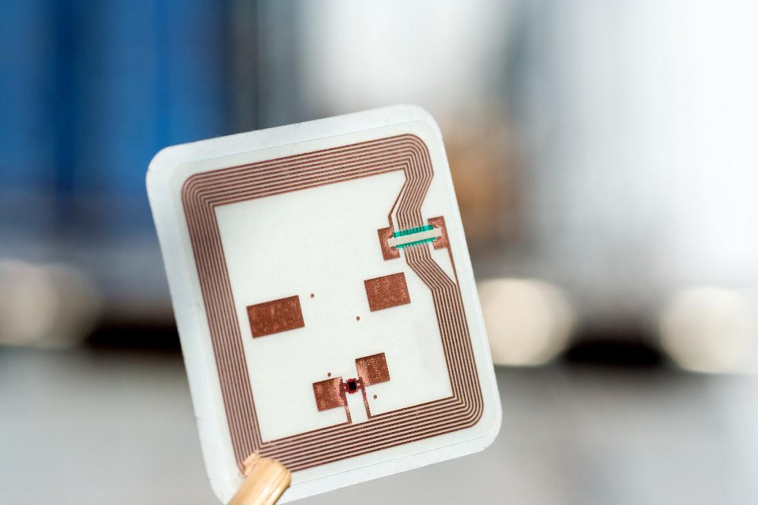 Etiquetas RFID: entenda sua importância para rastreabilidade e segurança da informação!